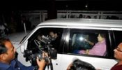 রিজভী আটক, খালেদা অবরুদ্ধ, বিএনপির কার্যালয়ে তালা