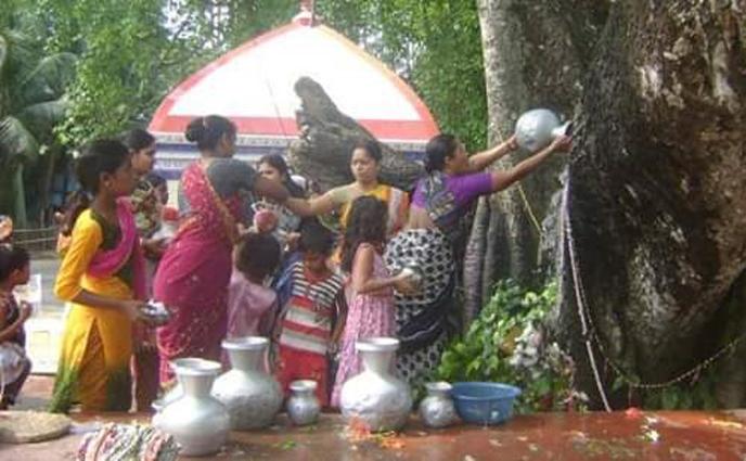 নড়াইলের ঐতিহ্যবাহী শী শী নিশিনাথ ঠাকুরের প্রায় দুই'শ বছরের বৈশাখী মেলা!