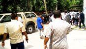 নড়াইলে স্কুলছাত্রদের শান্তিপূর্ণ কর্মসূচীতে পিস্তল উঁচিয়ে হুমকি-৪ জনের বিরুদ্ধে মামলা