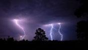 আগামী ৬ মে পর্যন্ত চলবে বৃষ্টি, ঝড়, বিজলি ও বজ্রপাত