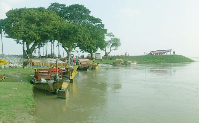 রাজশাহীতে বিপদসীমা ছুঁই-ছুঁই পদ্মার পানি