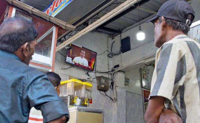 শীর্ষস্থানীয় নিরাপত্তা কর্মকর্তাদের বরখাস্ত করলেন শ্রীলঙ্কার প্রেসিডেন্ট