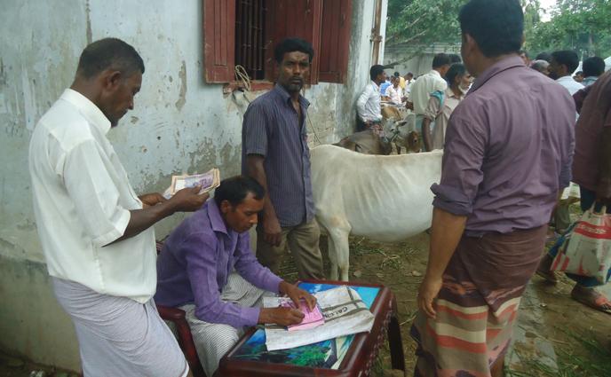 রাণীশংকৈলে কাতিহার নেকমরদ হাটে অতিরিক্ত টোল আদায়