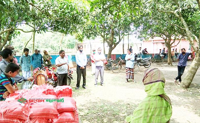 করোনা মোকাবেলায় বালিয়াডাঙ্গীতে ড্যাব'র উদ্যেগে খাদ্য সামগ্রী বিতরণ…